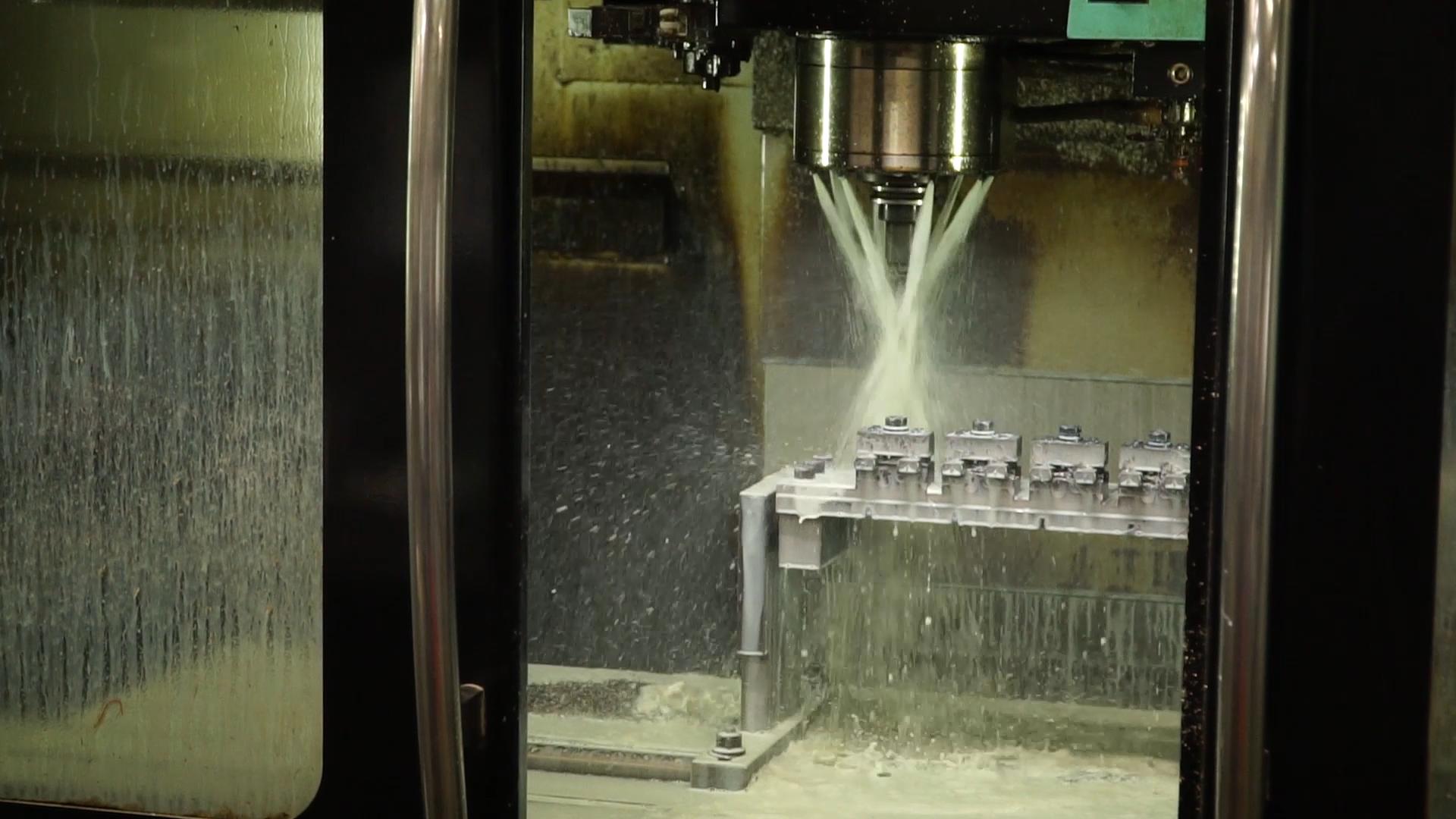 A CNC Mill Copy of MVI_8519.00_05_18_06.Still018